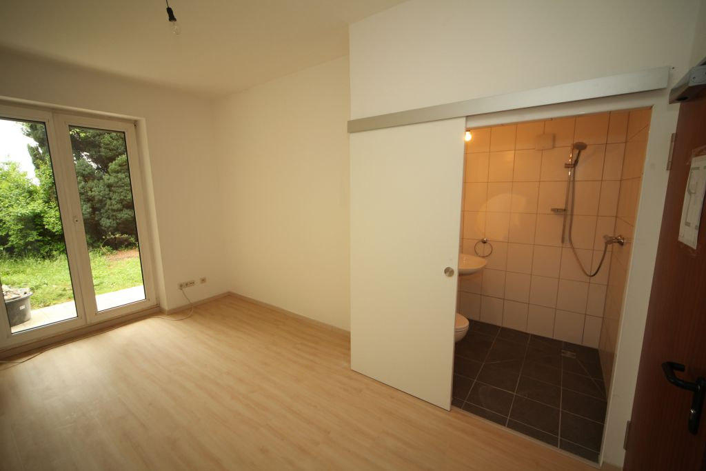 1 altenheim bad2 bild 2 sanieren in ingolstadt. Black Bedroom Furniture Sets. Home Design Ideas