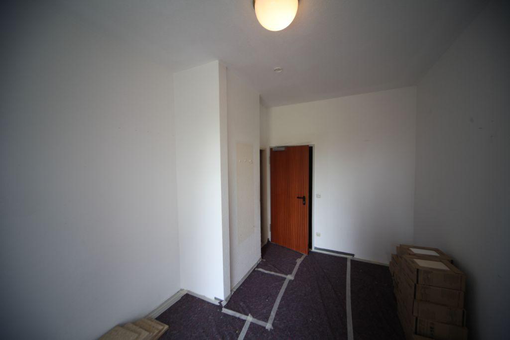 1 altenheim bad2 bild 3 sanieren in ingolstadt. Black Bedroom Furniture Sets. Home Design Ideas