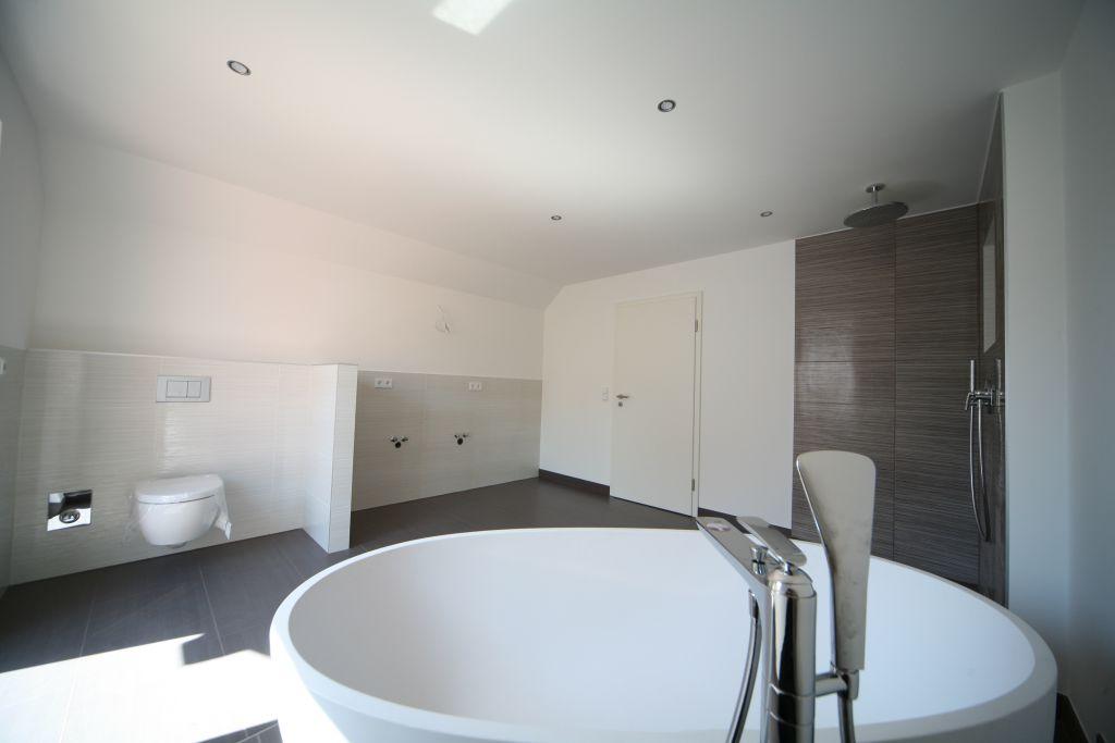haus 1 1ogbadeltern bild 4 sanieren in ingolstadt. Black Bedroom Furniture Sets. Home Design Ideas