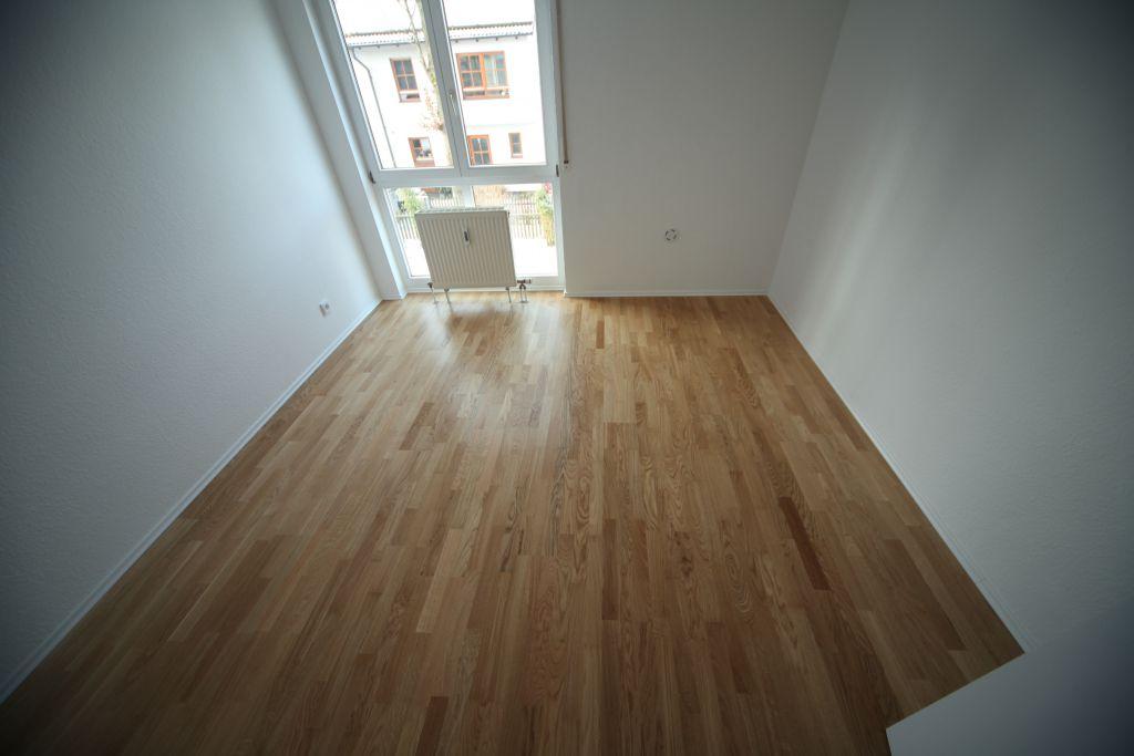 wohnung 2 b ro bild 2 sanieren in ingolstadt bossmann gmbh. Black Bedroom Furniture Sets. Home Design Ideas