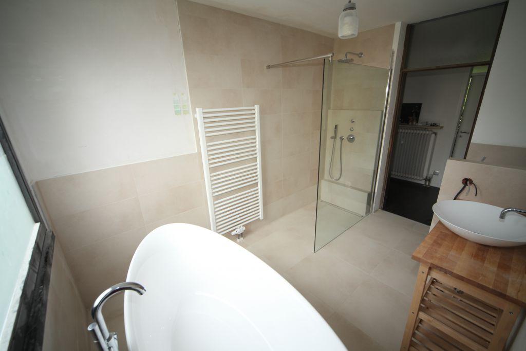 haus 6 bad bild 5 sanieren in ingolstadt bossmann gmbh. Black Bedroom Furniture Sets. Home Design Ideas