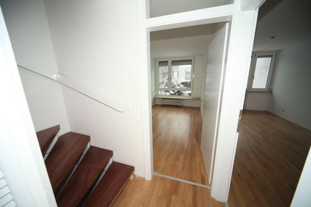 haus 6 treppenhaus bild 2 sanieren in ingolstadt bossmann gmbh. Black Bedroom Furniture Sets. Home Design Ideas