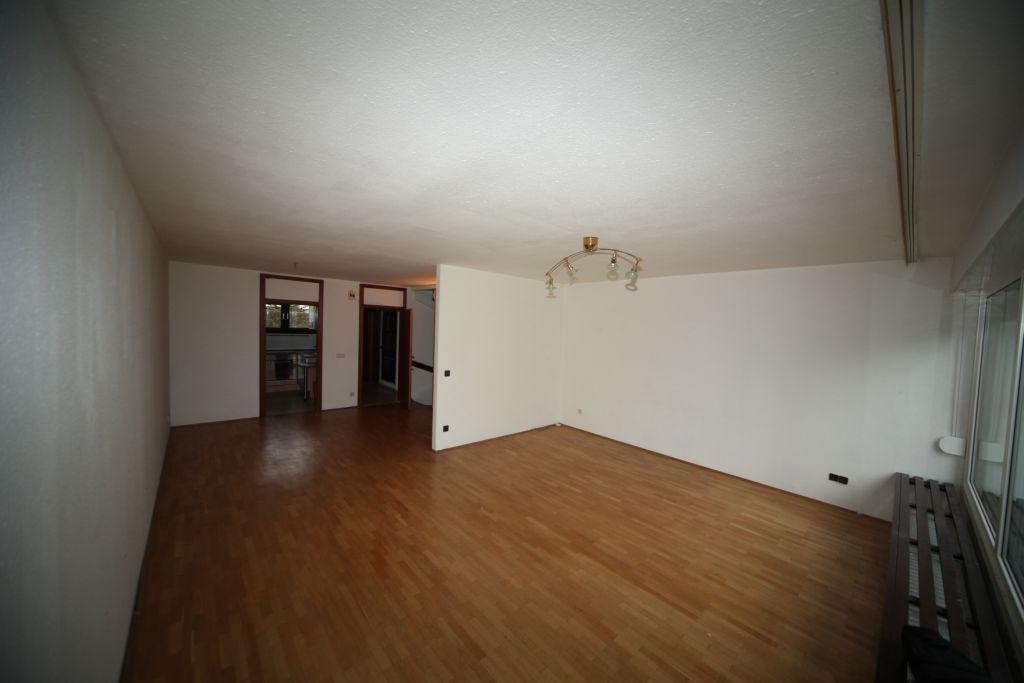 haus 6 wohnbereich bild 1 sanieren in ingolstadt bossmann gmbh. Black Bedroom Furniture Sets. Home Design Ideas